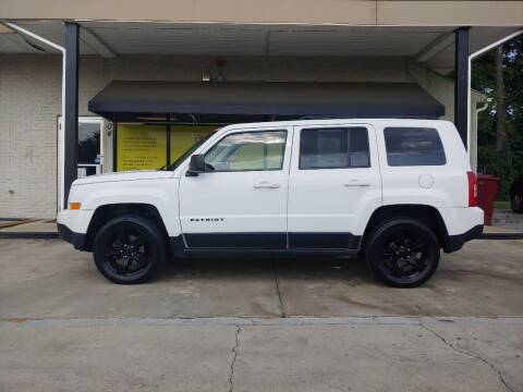 2015 Jeep Patriot for sale at Family Auto Sales of Johnson City in Johnson City TN