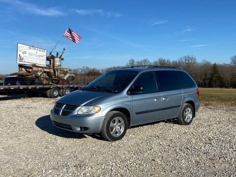 2005 Dodge Caravan for sale at Ken's Auto Sales & Repairs in New Bloomfield MO