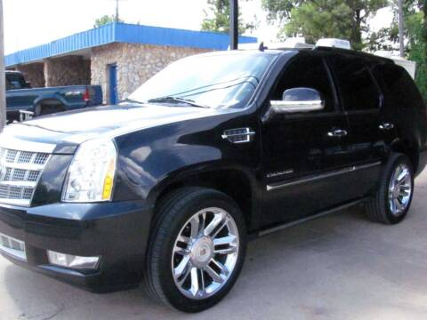 2010 Cadillac Escalade for sale at CANTWEIGHT CLASSICS in Maysville OK