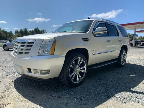 2009 Cadillac Escalade for sale at Charlie's Used Cars in Thomasville NC