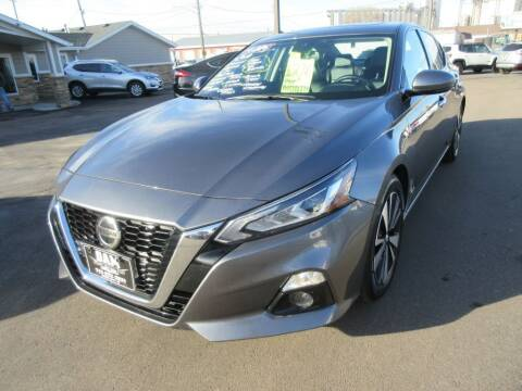 2019 Nissan Altima for sale at Dam Auto Sales in Sioux City IA