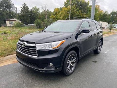 2016 Toyota Highlander for sale at ONG Auto in Farmington MN