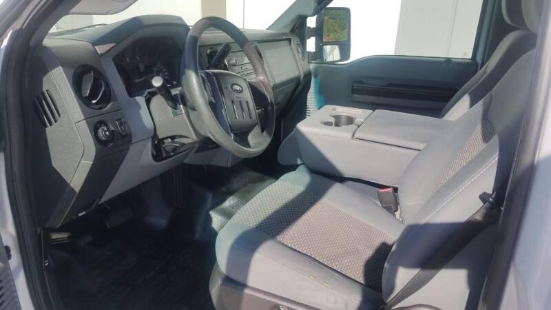 2012 Ford F-250 Super Duty 4x2 XL 2dr Regular Cab 8 ft. LB Pickup - La  Habra CA