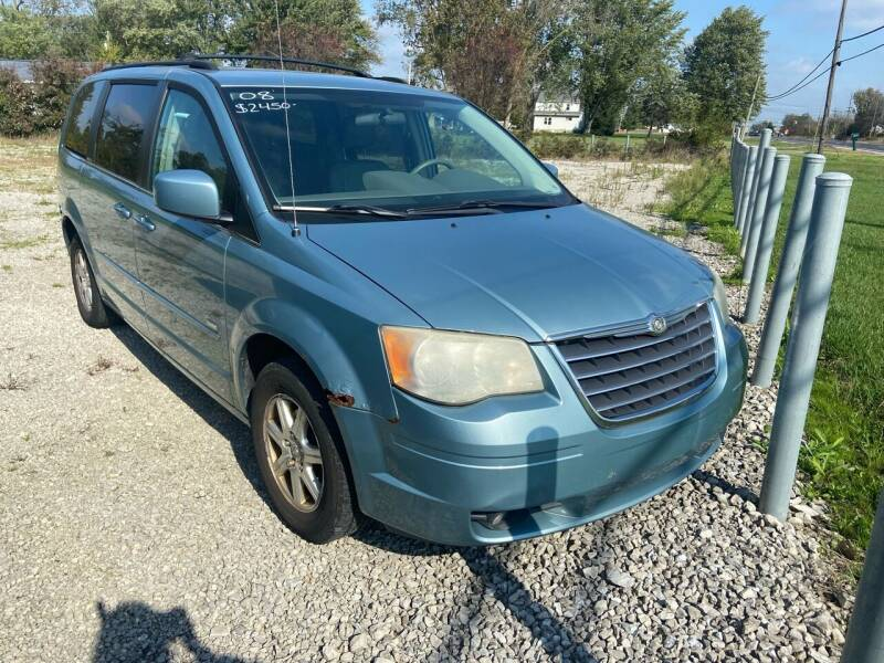 2008 Chrysler Town and Country for sale at HEDGES USED CARS in Carleton MI