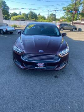 2013 Ford Fusion Hybrid for sale at Mike's Auto Sales of Yakima in Yakima WA