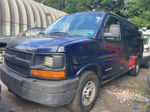 2004 Chevrolet Express Cargo for sale at Drive Deleon in Yonkers NY