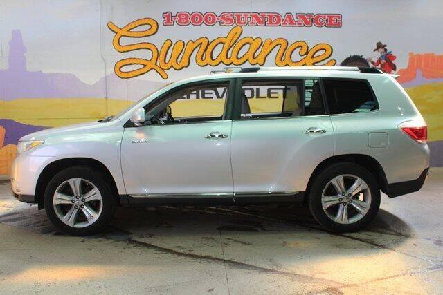 2013 Toyota Highlander for sale at Sundance Chevrolet in Grand Ledge MI