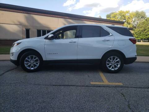 2019 Chevrolet Equinox for sale at The Car Mart in Milford IN