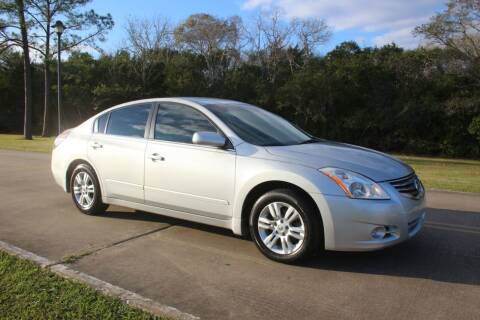 2012 Nissan Altima for sale at Clear Lake Auto World in League City TX