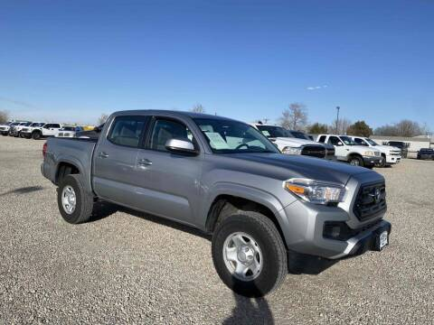 2017 Toyota Tacoma for sale at BERKENKOTTER MOTORS in Brighton CO