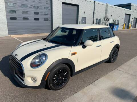 2018 MINI Hardtop 4 Door for sale at The Car Buying Center in Saint Louis Park MN