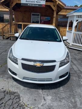 2013 Chevrolet Cruze for sale at Country Auto Sales Inc. in Bristol VA