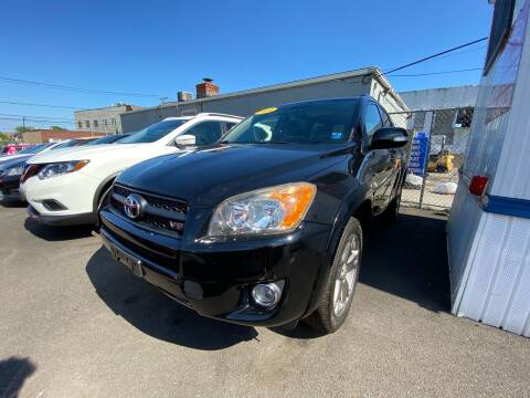2010 Toyota RAV4 for sale at OFIER AUTO SALES in Freeport NY