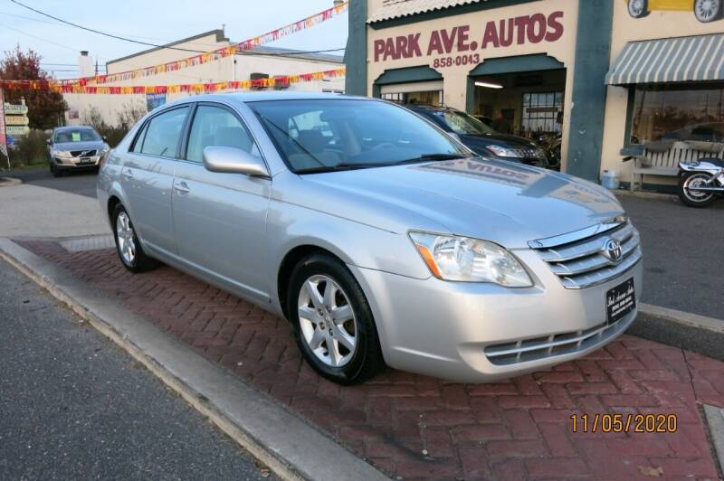 2006 Toyota Avalon for sale at PARK AVENUE AUTOS in Collingswood NJ
