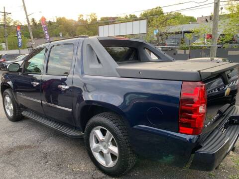 2010 Chevrolet Avalanche for sale at TD MOTOR LEASING LLC in Staten Island NY