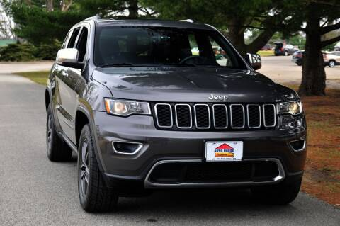 2017 Jeep Grand Cherokee for sale at Auto House Superstore in Terre Haute IN