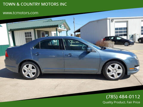 2011 Ford Fusion for sale at TOWN & COUNTRY MOTORS INC in Meriden KS