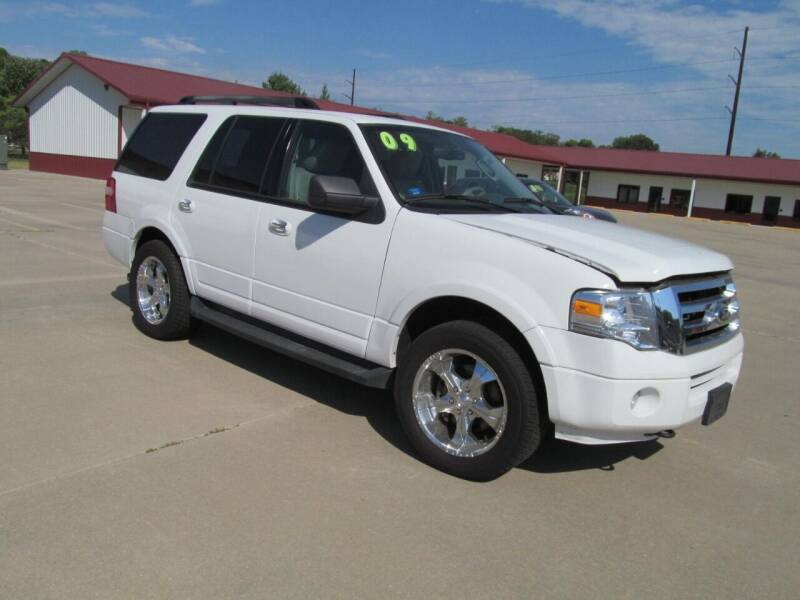 2009 Ford Expedition for sale at New Horizons Auto Center in Council Bluffs IA