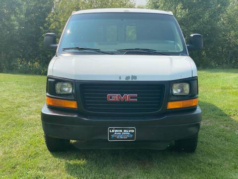 2004 GMC Savana Cargo for sale at Lewis Blvd Auto Sales in Sioux City IA