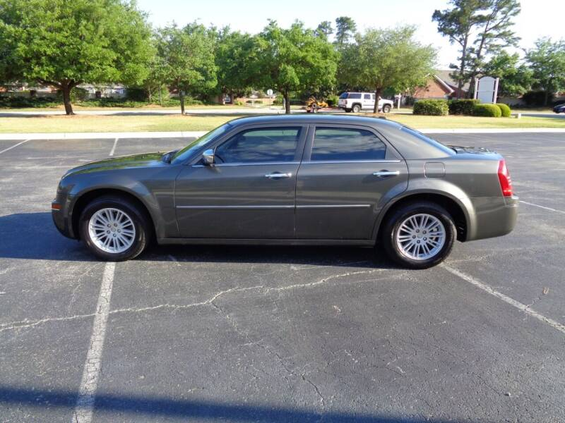 2010 Chrysler 300 for sale in Wilmington, NC