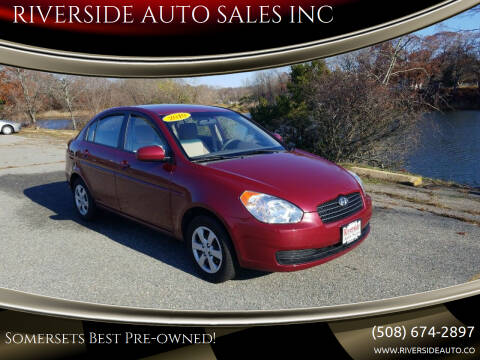 2010 Hyundai Accent for sale at RIVERSIDE AUTO SALES INC in Somerset MA