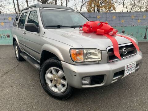 2002 Nissan Pathfinder for sale at Speedway Motors in Paterson NJ