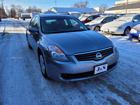 2007 Nissan Altima for sale at J & S Auto Sales in Thompson ND
