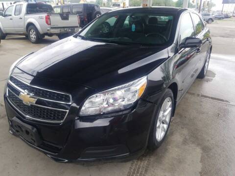 2013 Chevrolet Malibu for sale at Springfield Select Autos in Springfield IL