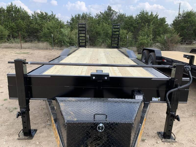 "2021 TIGER  - Drive Over Fender 102"" for sale at LJD Sales in Lampasas TX"