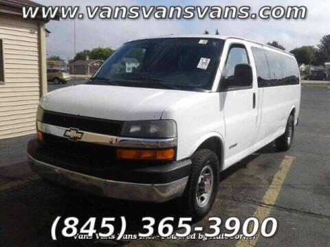 2005 Chevrolet Express Passenger for sale at Vans Vans Vans INC in Blauvelt NY