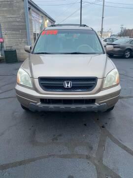 2003 Honda Pilot for sale at Rod's Automotive in Cincinnati OH