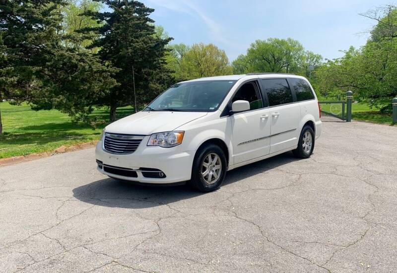 2012 Chrysler Town and Country for sale at Cartopia Auto Sales in Saint Louis MO