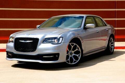 2019 Chrysler 300 for sale at Auto Hunters in Houston TX