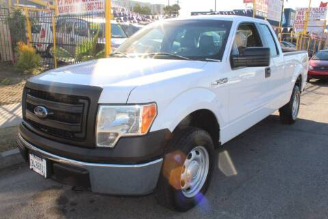 2014 Ford F-150 for sale at FJ Auto Sales in North Hollywood CA