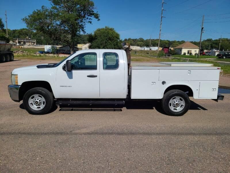 2011 Chevrolet Silverado 3500HD for sale at J & J Auto Sales in Sioux City IA