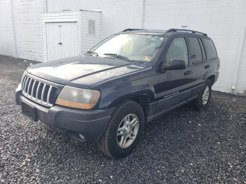 2004 Jeep Grand Cherokee for sale at CRS 1 LLC in Lakewood NJ