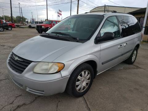 2006 Chrysler Town and Country for sale at OTWELL ENTERPRISES AUTO & TRUCK SALES in Pasadena TX