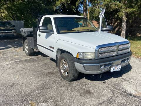 2000 Dodge Ram Pickup 2500 for sale at VICTORY LANE AUTO in Raymore MO