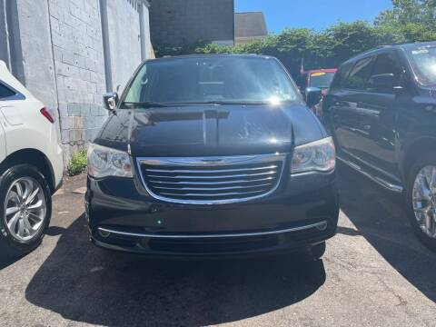 2014 Chrysler Town and Country for sale at Buy Here Pay Here Auto Sales in Newark NJ