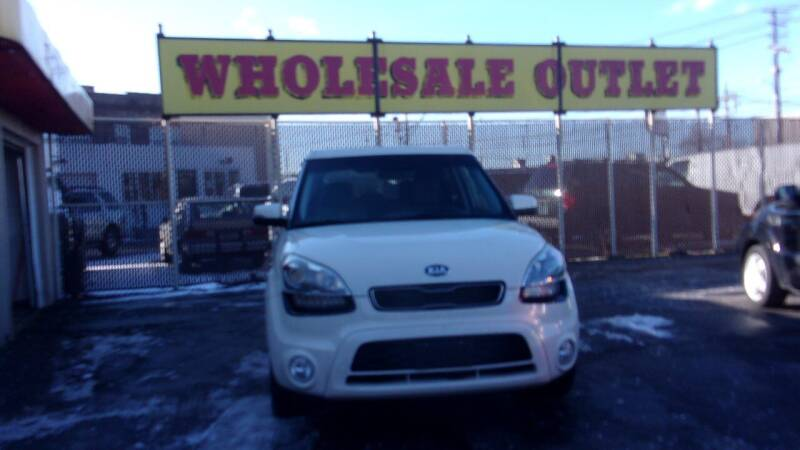 2013 Kia Soul for sale at LONG BROTHERS CAR COMPANY in Cleveland OH