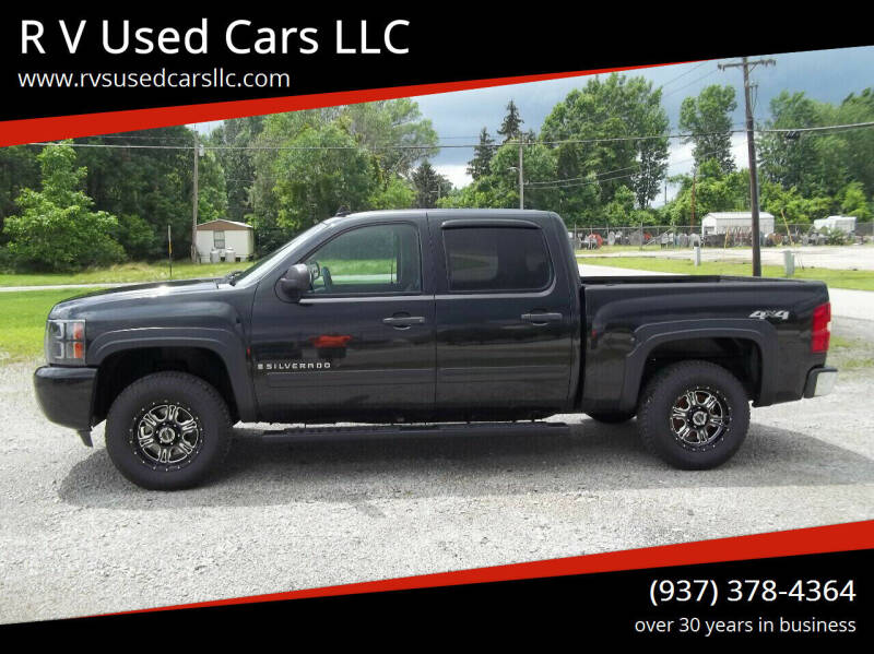 2009 Chevrolet Silverado 1500 for sale at R V Used Cars LLC in Georgetown OH
