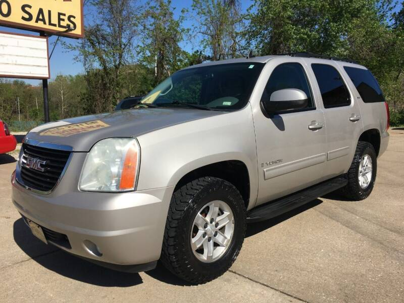 2009 GMC Yukon for sale at Town and Country Auto Sales in Jefferson City MO