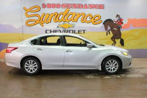2016 Nissan Altima for sale at Sundance Chevrolet in Grand Ledge MI