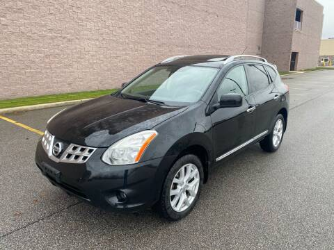 2011 Nissan Rogue for sale at JE Autoworks LLC in Willoughby OH