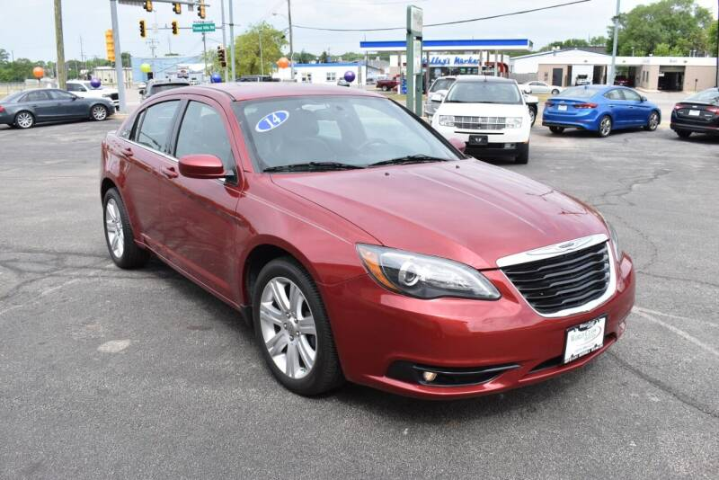 2014 Chrysler 200 for sale at World Class Motors in Rockford IL