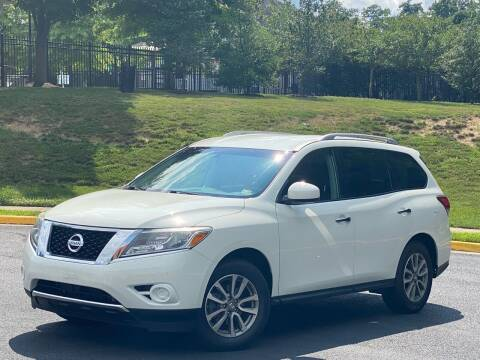 2016 Nissan Pathfinder for sale at Diamond Automobile Exchange in Woodbridge VA