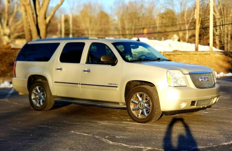 2010 GMC Yukon XL for sale at Flying Wheels in Danville NH