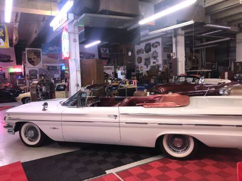 1960 Pontiac Bonneville for sale at Berliner Classic Motorcars Inc in Dania Beach FL