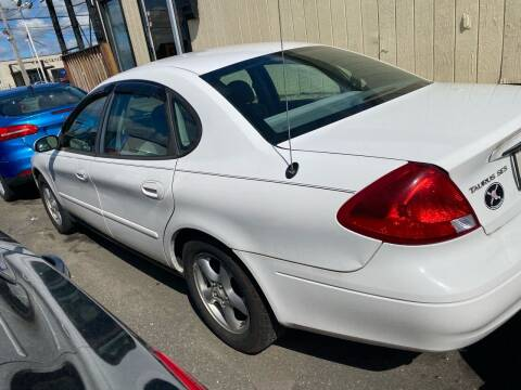 2003 Ford Taurus for sale at Debo Bros Auto Sales in Philadelphia PA