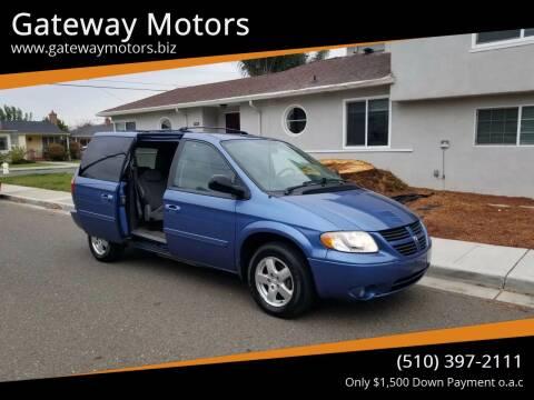 2007 Dodge Grand Caravan for sale at Gateway Motors in Hayward CA